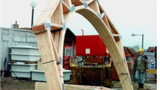 ferme curbate prefabricate asamblate cu placi multicui