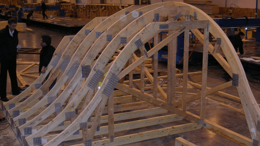 ferme curbate prefabricate atipice asamblate cu placi multicui
