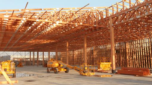 hala structura din lemn