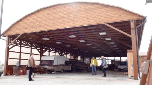 hala depozitare din lemn semirotunda