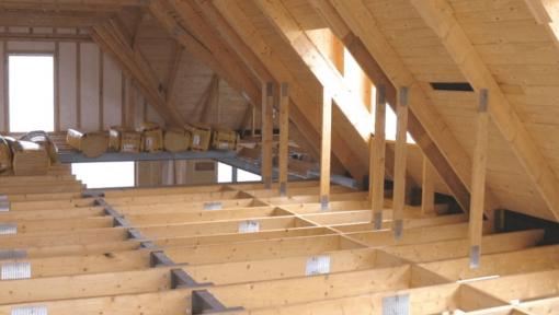 mansarda din lemn open space cu placi multicui, fara placa beton