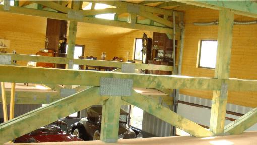 grinzi prefabricate din lemn cu zabrele metalice pentru garaj