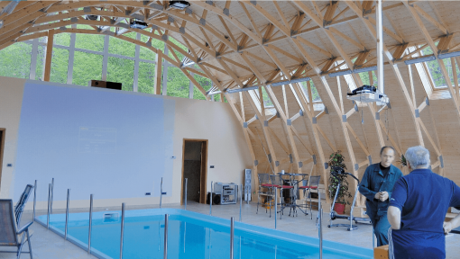 sarpanta piscina cu ferme prefabricate tip arc